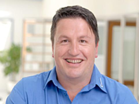 Ralf Schneider